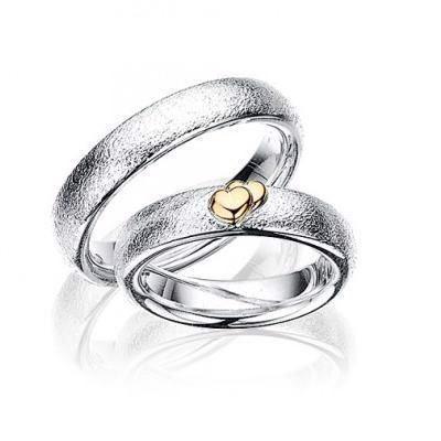 Scrouples - Vielsesringe i sølv med hjerter i 14kt. guld